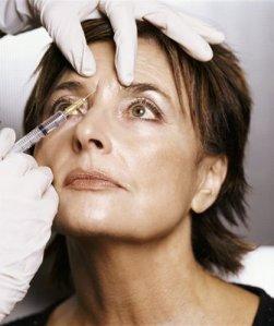 botox-toxina-botulinica-tratamientos-cosmeticos-antiarrugas-combatir-arrugas-signos-enevejecimiento-inyecciones-faciales-plasticas